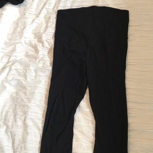 Maternity workout pants